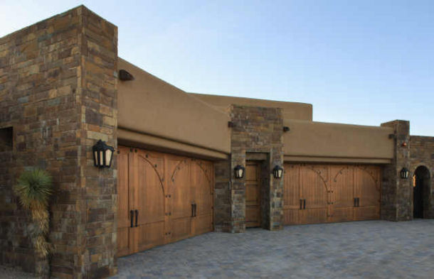 82 dream garage photos part 1 josh 39 s world for Homes with big garages for sale